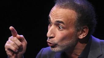 Der Islamwissenschaftler Tariq Ramadan beklagte sich Ende Juni 2018 bei der Genfer Staatsanwaltschaft wegen der veröffentlichten Informationen in den Medien durch den Anwalt der Klägerin.