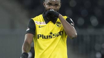 Frust abwischen und weiter gehts: Nicolas Moumi Ngamaleu und YB dürften das 1:2 gegen Servette rasch abhaken
