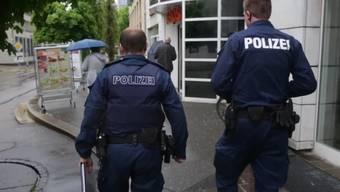 Die Stadtpolizei Solothurn auf Streife. (Archiv)