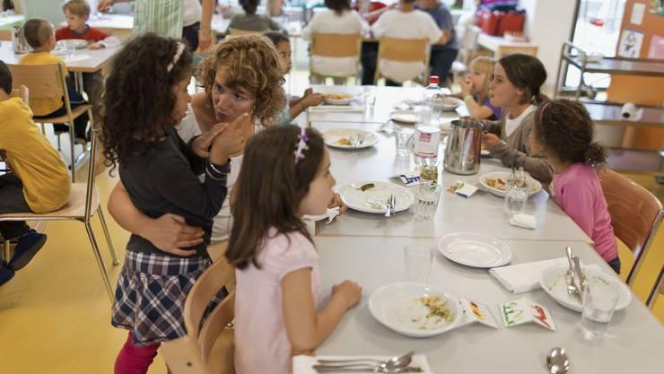 Die Gemeinden sollen verpflichtet werden, Gutscheine für Kinderbetreuung auszustellen
