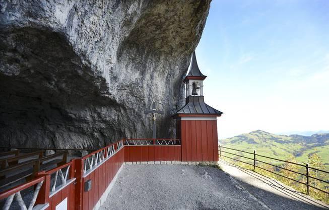 Auf dem Weg liegt das Wildkircheli mit Kapelle