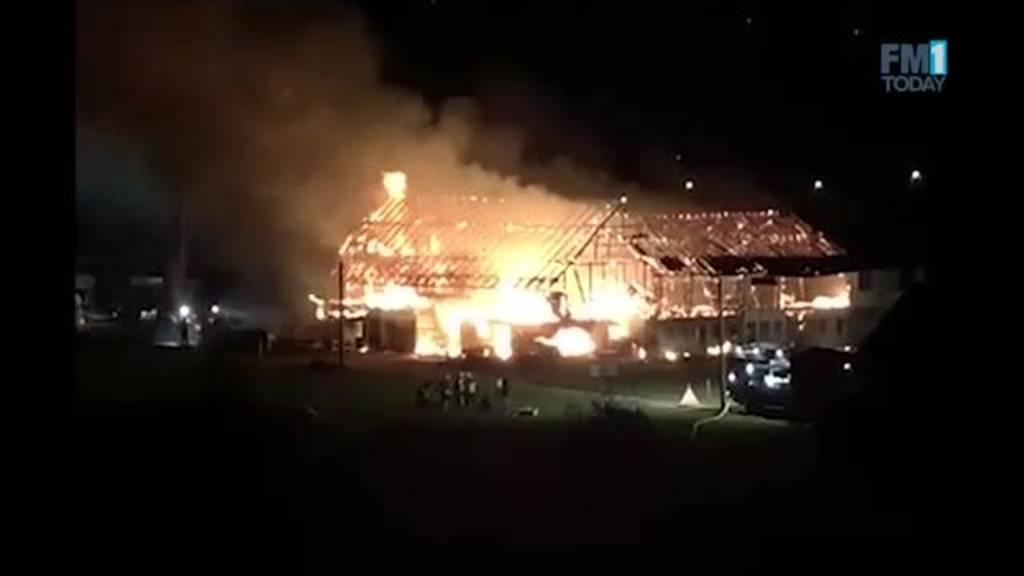 Bauernhof mit Stall in Mels komplett abgebrannt