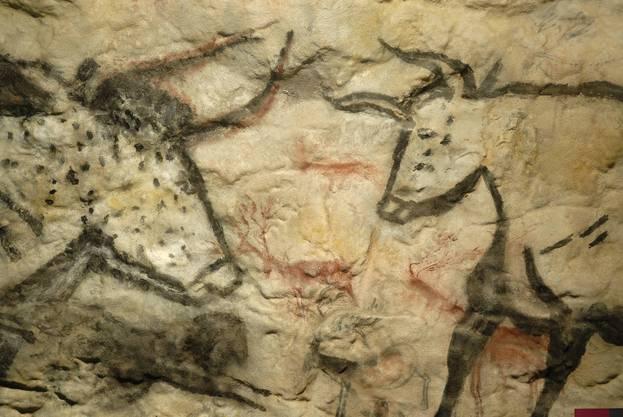 Höhlenmalerei aus der Steinzeit, Cheddar Man Museum of Prehistory prähistorisches Museum, England.