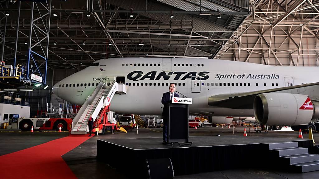 Roter Teppich für Zutritt zu Qantas-Flugzeugen bald nur noch für Geimpfte (Archivbild)