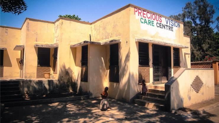 In diesen Gebäuden werden 200 Kinder unterrichtet.ZVG