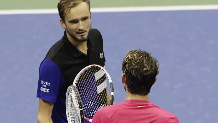 Im Halbfinal gegen Daniil Medwedew nützte Thiem (in rot) seine Chancen viel besser als der Russe, der in den Sätzen 2 und 3 jeweils einen Satzball vergab