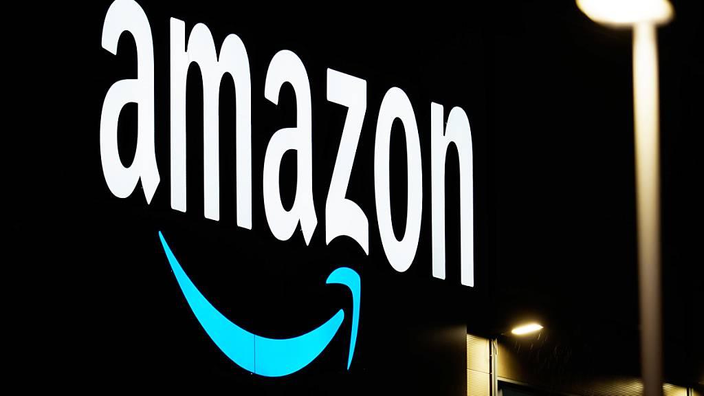 Der Onlineriese Amazon will sein Streaming-Angebot ausbauen und buhlt Medienberichten zufolge um das traditionsreiche Holywood-Filmstudio MGM. Die MGM-Bibliothek zählt mehr als 4000 Streifen, darunter die James-Bond-Reihe.(Archivbild)