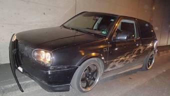 Am VW Golf entstand beträchtlicher Sachschaden.