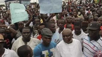 Monieren Wahlbetrug: Demonstranten im nigerianischen Port Harcourt