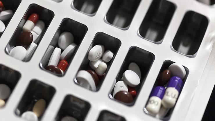 Neue Präparate müssen hinten anstehen, denn erst prüft das BAG die Preise aller bestehenden Medikamente. (Symbolbild)