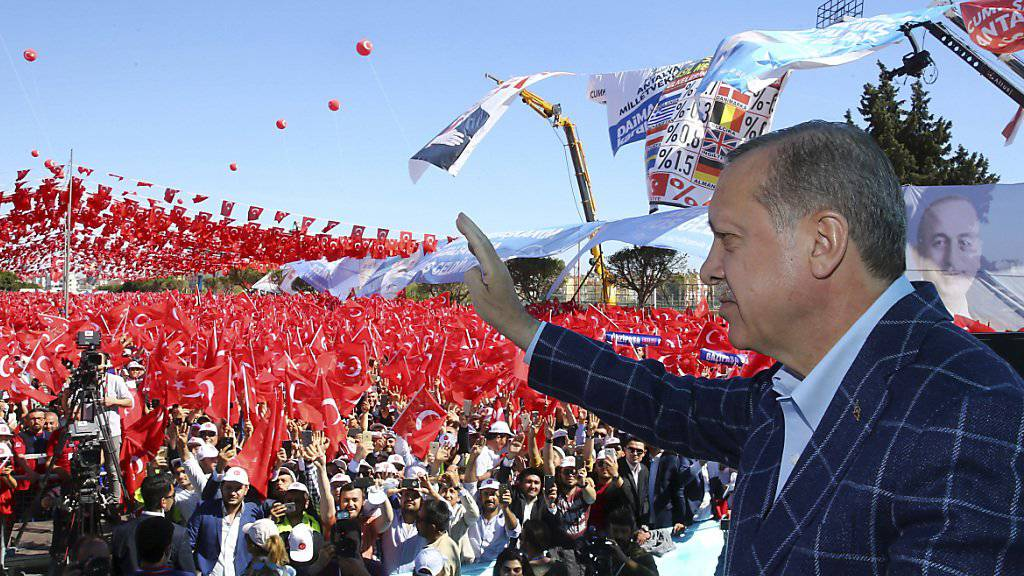 Der türkische Präsident Recep Tayyip Erdogan bei seinem Auftritt in Antalya