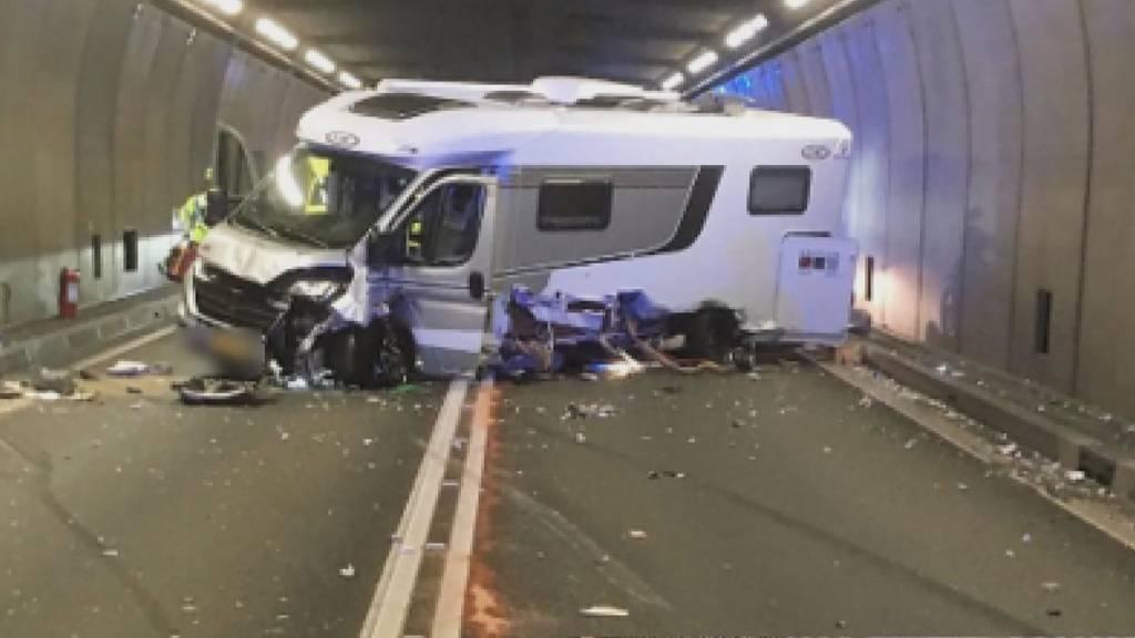 Unfall im Gotthard-Strassentunnel: Kollision fordert fünf Verletzte