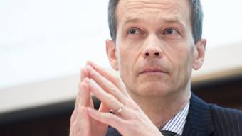 «Für mich als Bürger überwiegen die Vorteile des Vertragsentwurfs», sagte Martin Scholl in einem Interview mit der «Weltwoche». Als ZKB-Chef solle er sich bei dieser politischen Frage zurückhalten, kritisierte die SVP. (Archiv)