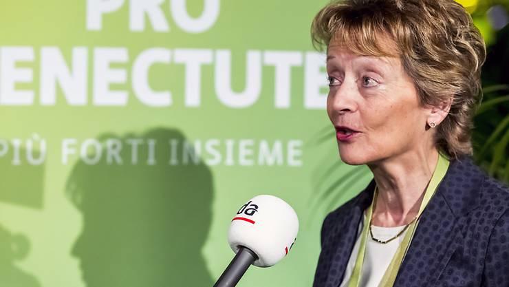 Alt Bundesrätin Eveline Widmer-Schlumpf appelliert an Seniorinnen und Senioren, sich im Zusammenhang mit dem Coronavirus an die Vorgaben von Bund und Kantonen zu halten (Archiv).