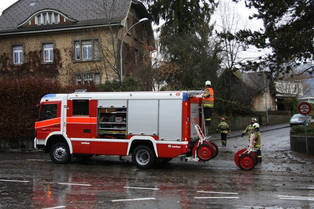 Feuerwehreinsatz an der Frank-Buchser-Strasse.