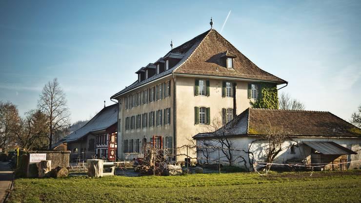 Zwischen der Rudolf-Steiner-Schule Aargau – im Bild die Schule in Schafisheim – und einigen Eltern sind die Fronten verhärtet.