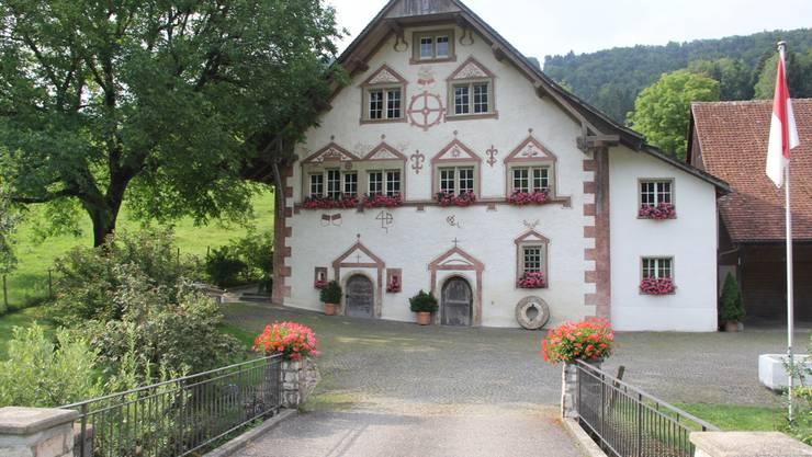 Blumenschmuck an der alten Mühle Ramiswil
