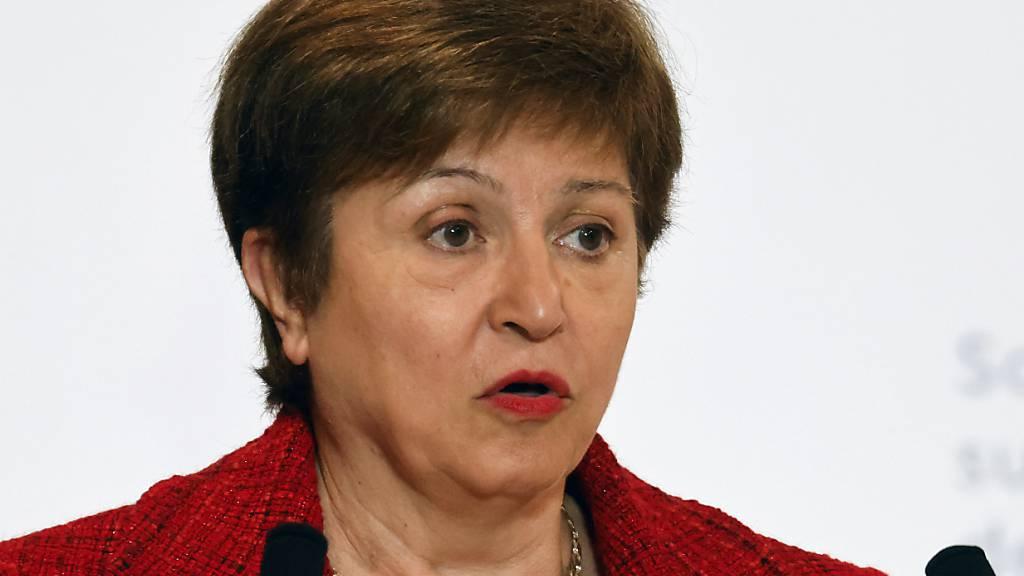 Die IWF-Chefin Kristalina Georgiewa blickt nach der Rückenstärkung durch das IWF-Führungsgremium auf kommende Herausforderungen. (Archivbild)