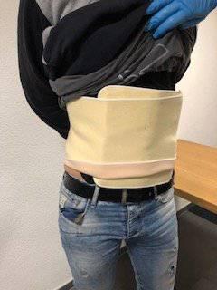 Der Mann schmuggelte 2 Kilogramm Heroin an seinem Körper. (Bild: pd)