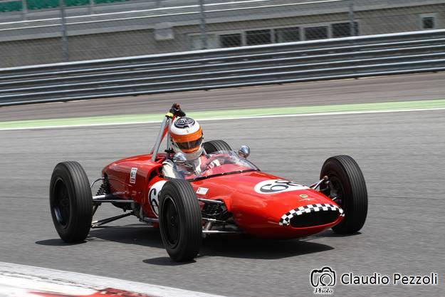 Bruno Weibel in seinem Lotus 20.