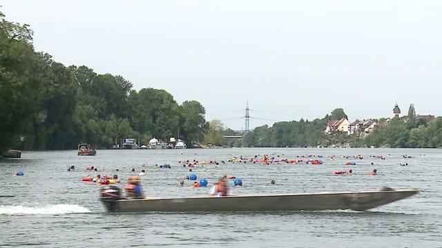 Mit Rheinschwimmen ein Zeichen setzen