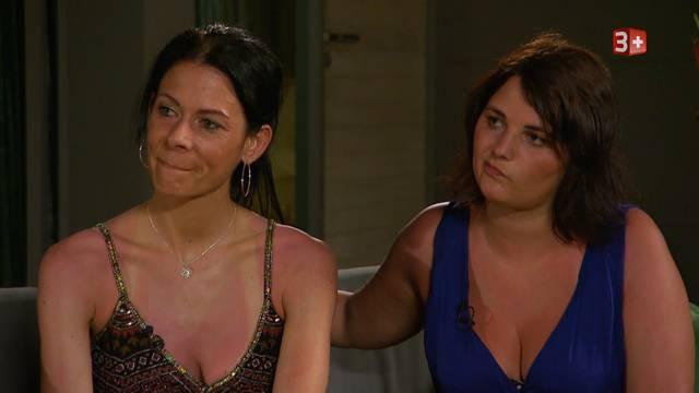 «Zu jung, zu langweilig»: Nach dem Ausstieg von Oliver äussern Zaklinas Freundinnen ihre Bedenken bei Simon und Michael.