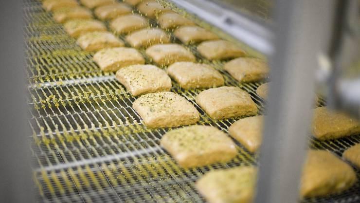 Bei einer Kontrolle einer Grossbäckerei in Dulliken wurden Schwarzarbeiter festgestellt.