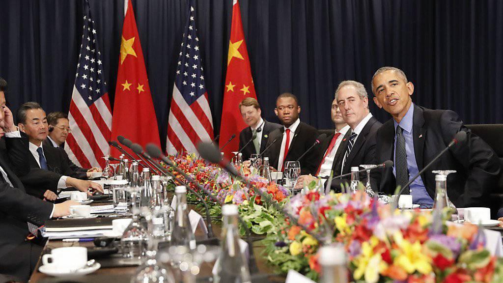 Sprachen unter anderem über Nordkorea: US-Präsident Barack Obama mit seinem chinesischen Amtskollegen Xi Jinping in Lima.