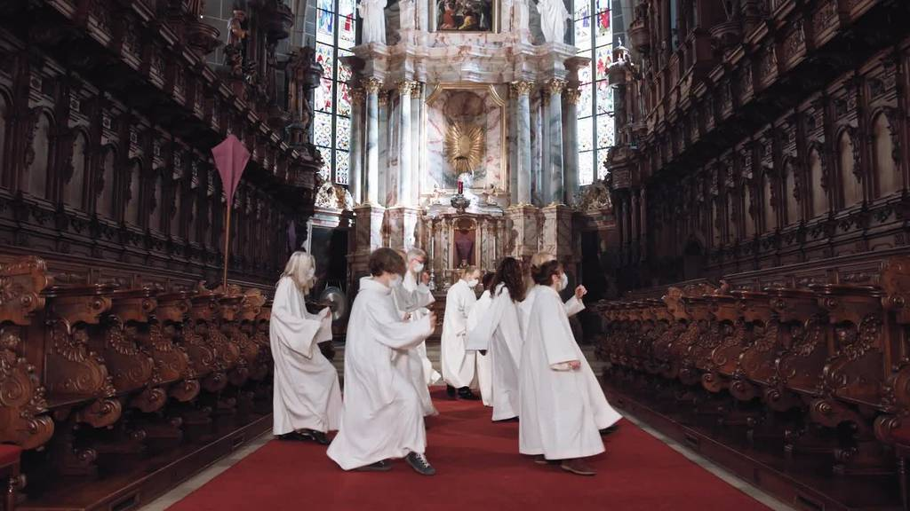 Die katholische Kirche tanzt zu Jerusalema