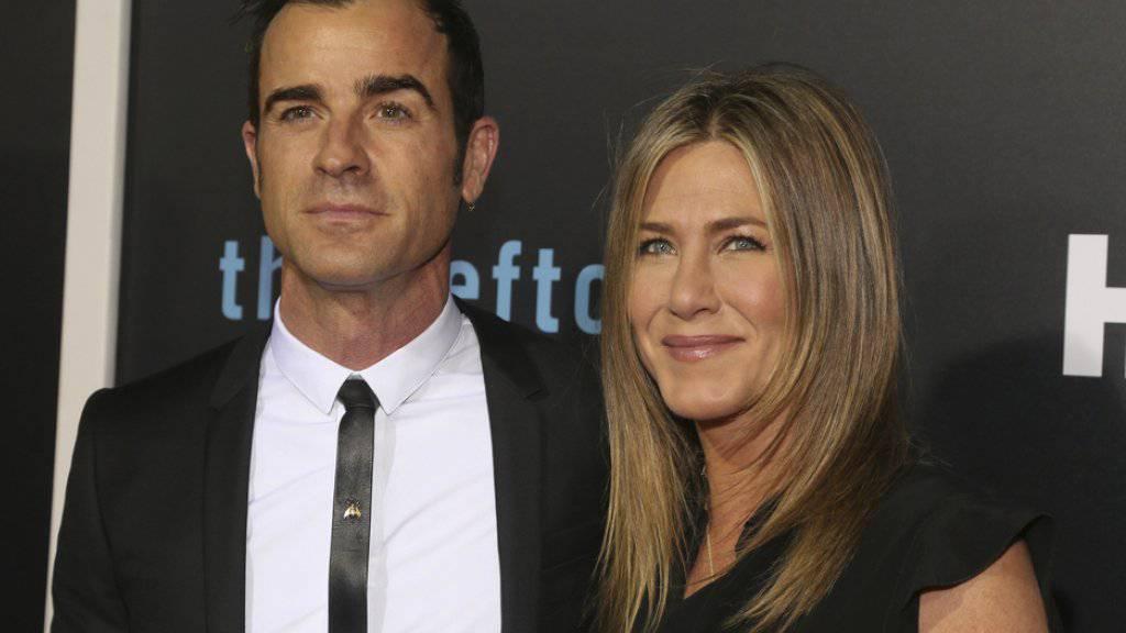 Werden täglich von «aggressiven Fotografen» drangsaliert: Justin Theroux und Jennifer Aniston. (Archivbild)