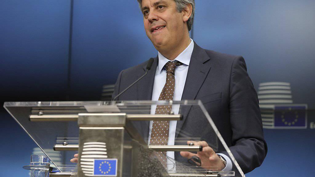 Der neue Eurogruppenchef stammt aus Portugal: Mario Centeno ist am Montag in Brüssel im zweiten Wahlgang gewählt worden. Er tritt sein Amt am 13. Januar 2018 an.