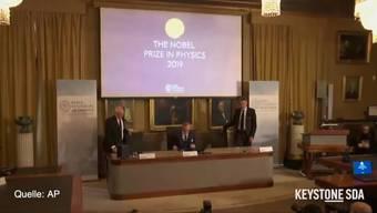 Der Nobelpreis für Physik geht in diesem Jahr zu einer Hälfte an Michel Mayor und Didier Queloz von der Universität Genf für die Entdeckung des ersten Exoplaneten. Zur anderen Hälfte geht der Preis an James Peebles für Entdeckungen zur physikalischen Kosmologie.