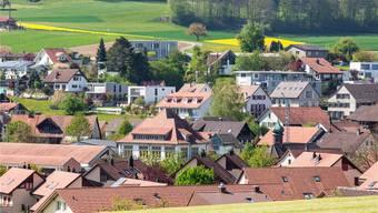 Der Gemeinderat Freienwil bewilligt Solaranlagen auf Dächern in der Dorfzone «grundsätzlich nicht». Sandra Ardizzone