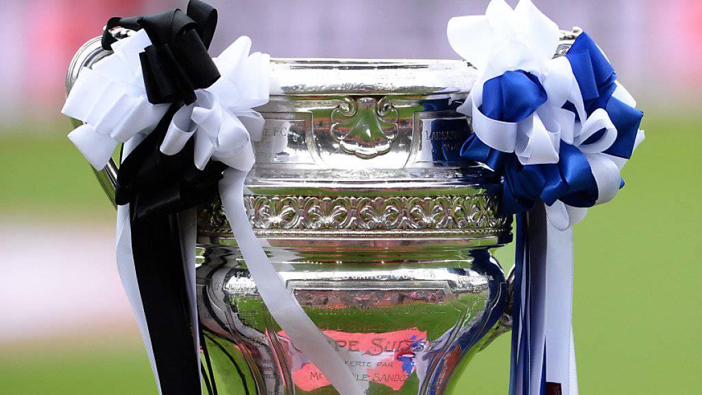 Vier Teams - eine Trophäe: Wer aus dem Quartett Sion, Luzern, Winterthur und Basel gewinnt den Schweizer Cup 2017?