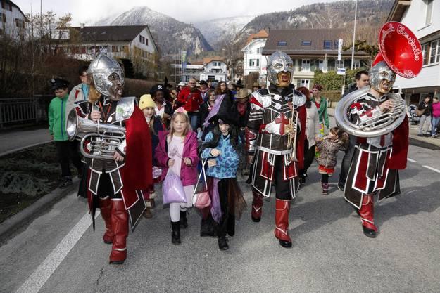 KInderumzug Oberdorf