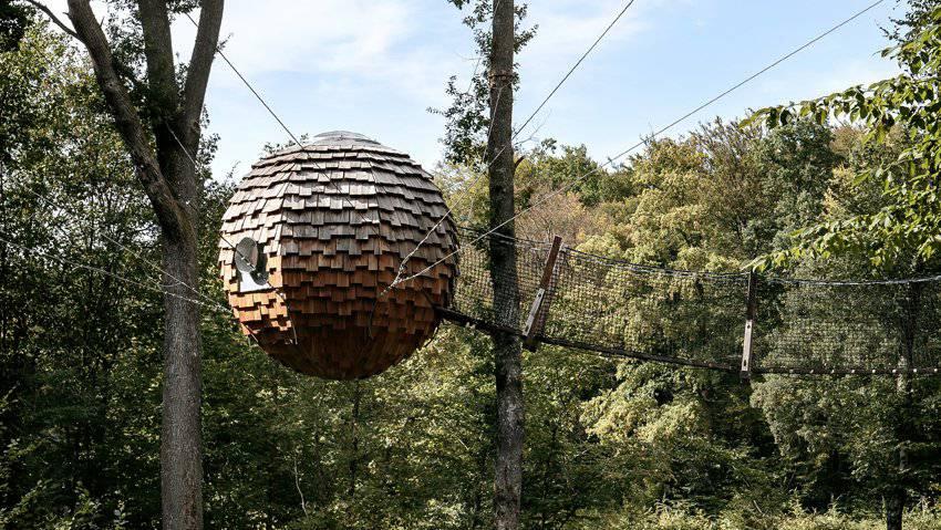 Ein (Baum-)Hotel der speziellen Art (Bild: cabanesdesgrandsreflets.com)