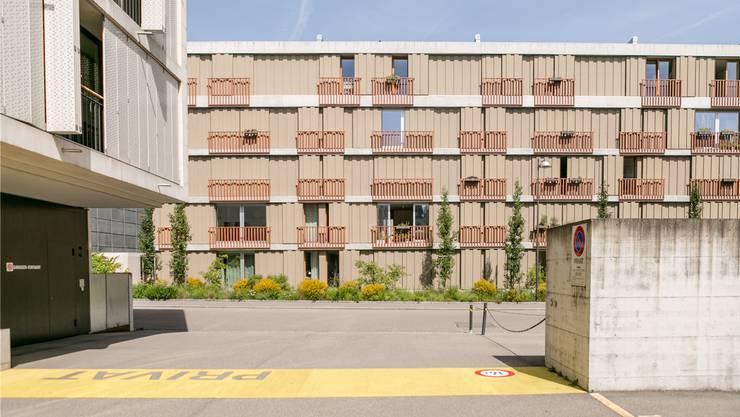 Baden, im Bild die Gartenstrasse, wird baulich verdichtet – freie Wohnungen gibt es dennoch nur wenige. Bild: Sandra Ardizzone