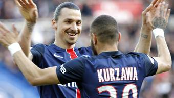 Mit Paris Saint-Germain nicht nur gegen Caen hoch überlegen: Zlatan Ibrahimovic (hinten)