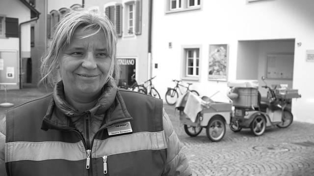 Bea Bonacorsi, Briefträgerin aus Aarau.