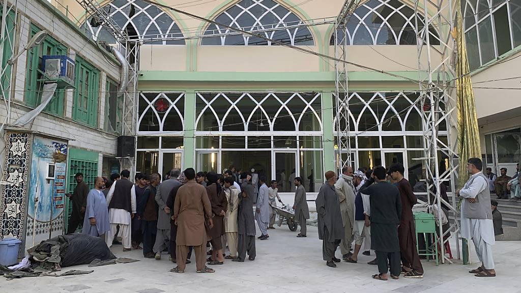 IS bekennt sich zu Anschlag auf Moschee in Afghanistan
