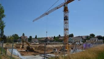 10 Mehrfamilienhäuser mit 67 Wohnungen soll die Überbauung Banacker im Endausbau umfassen. In einer ersten Etappe werden vorerst sieben Mehrfamilienhäuser realisiert.
