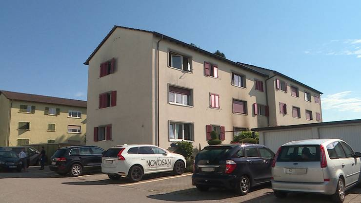 In diesem Mehrfamilienhaus am Brunnackerweg in Zuchwil brannte es.