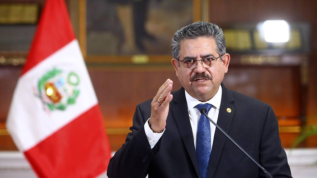 Nach blutigen Protesten: Übergangspräsident Perus zurückgetreten