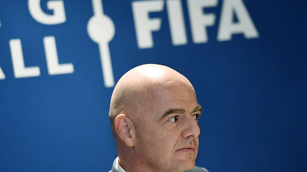 FIFA-Präsident Gianni Infantino droht den Teilnehmern einer möglichen europäischen Superliga mit dem Ausschluss von WM- und EM-Turnieren