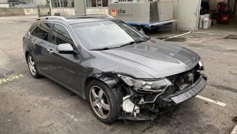 In Pratteln kam es zu einer Kollision, da ein 82-Jähriger ein vortrittsberechtigtes Fahrzeug übersah.