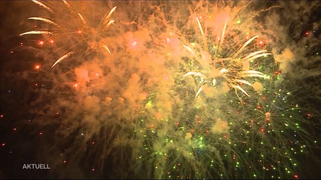 Trotz Schlechtwetter-Prognose: Feuerwerksverkäufer hoffen auf Boom