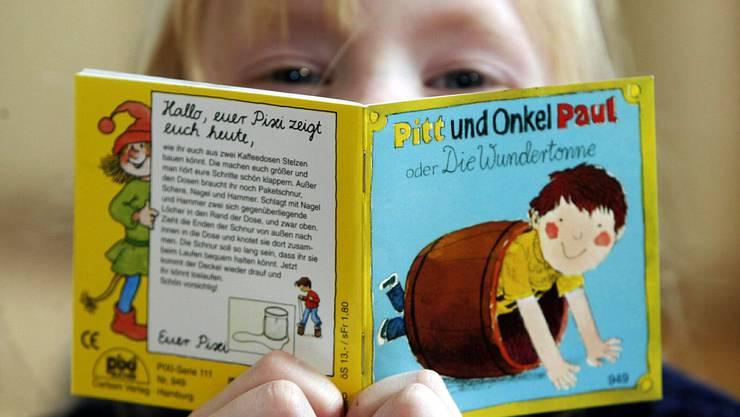 Nicht alle Kinderbücher sind so harmlos wie «Die Wundertonne»: Wie die Bibliotheken in der Region mit älteren Werken und veralteter Sprache umgehen.