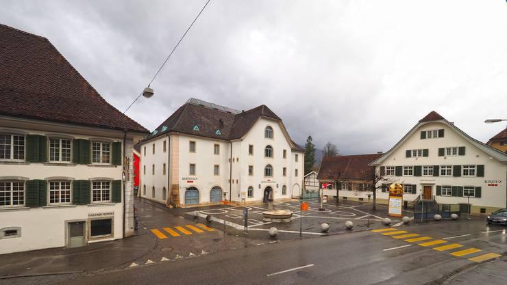 Das Hotel Balsthal mit den Häusern Rössli (l.) Kornhaus und Kreuz wird ab 1. Dezember dieses Jahres vom Inhaberpaar Walter Heutschi und Géraldine Philippe auch geführt.