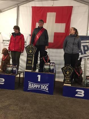 Schweizermeisterin Siena bei der Siegerehrung