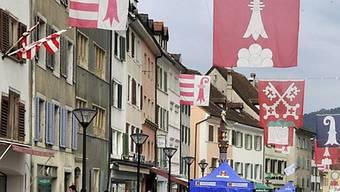 Kanton Jura nimmt erneut zur Aufnahme von Uiguren aus Guantánamo Stellung